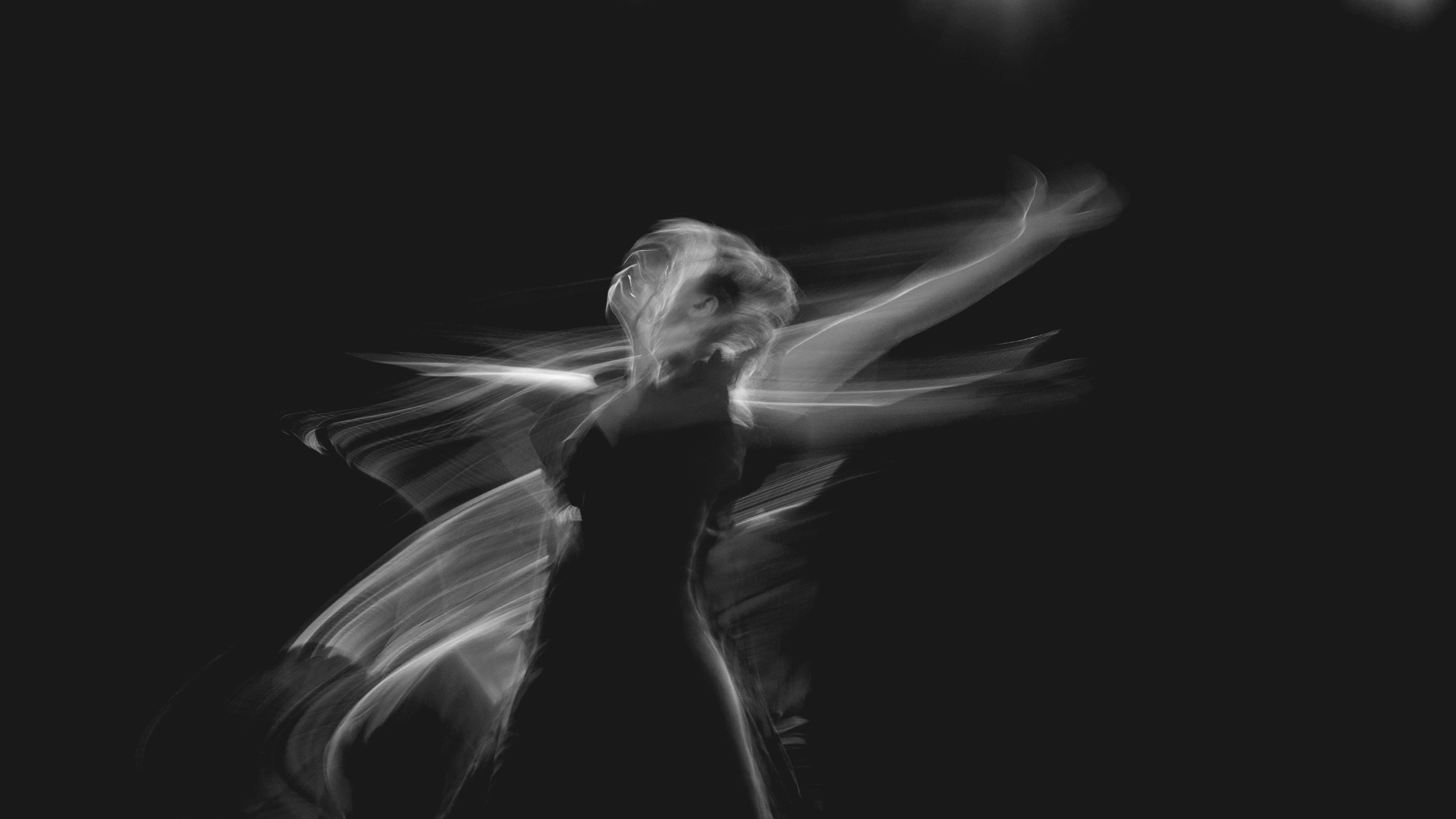 dance-low-shutter